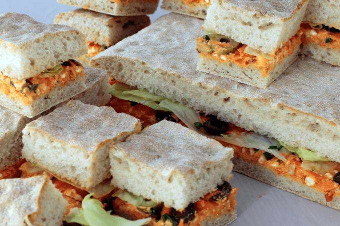 Sandwiches mit Durum und Paprikacreme von Kohberg