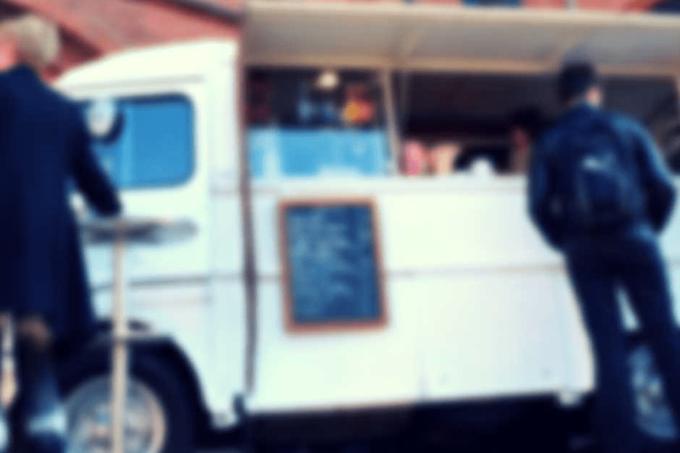 Ein Street Food Imbisswagen für Snacks to go