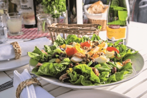 Ein Nizza Salat Rezept aus dem EM Kochbuch