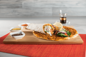 Ein Lahmacun von Point of Food