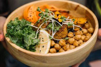 Bowl vegan Kichererbsen Falafel