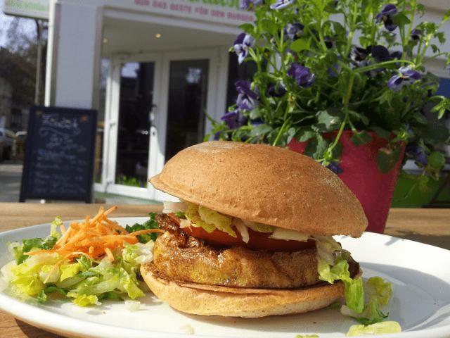 Der Grünkern Mandel Burger von Wiesenlust