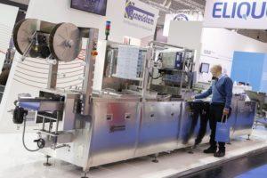 Es ist eine große Prozessoptimierungsmaschine für die Gastronomie auf dem Bild zu sehen. Dieses Gerät ist auf der Anuga FoodTec ausgestellt worden.