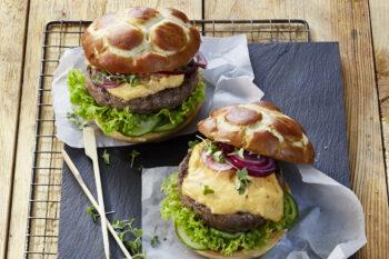 Obazda auf Burger von Alpenhain / snackconnection