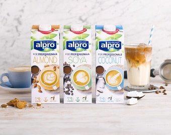 Traumhaftes Trio – pflanzliche Produkte von Alpro für den Kaffee