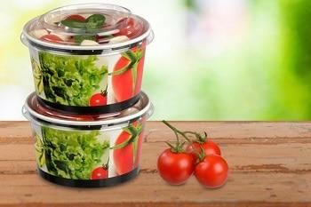 Deckel einer Salatverpackung von RAUSCH Verpackung für Salat Snacks