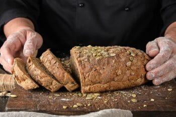 Brot mit Kürbiskernen