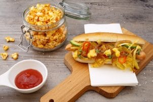 Hot Dog Ketchup Krautsalat Curry Popcorn