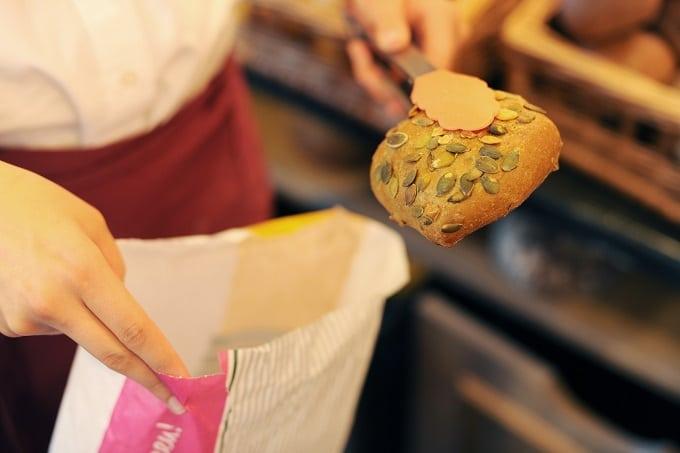 Backwaren Brot Tüte to go
