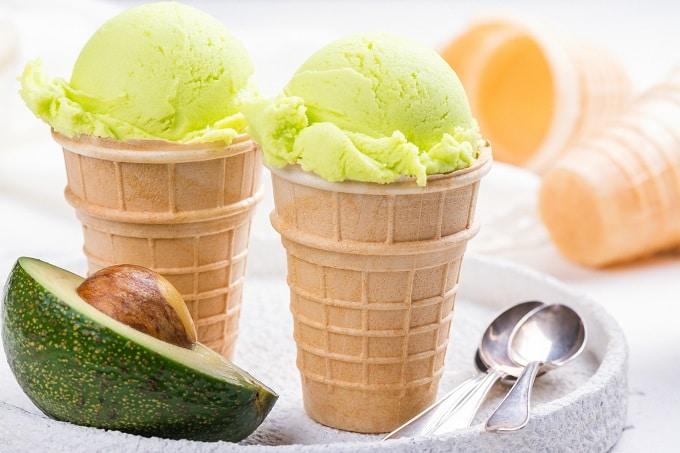 Eis Avocado herzhaft Sommer kalt