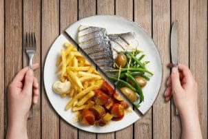 ungesund gesund Essen Teller Fisch Pommes Nestle