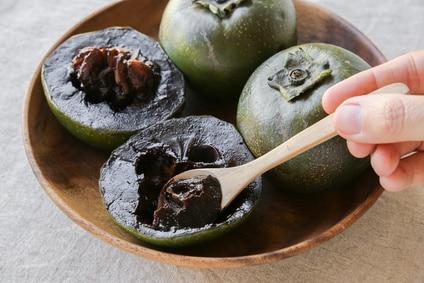 Schwarze Sapote Frucht Löffel Essen