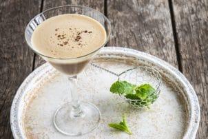 Kokosnuss Kaffee Shakerato Alpro