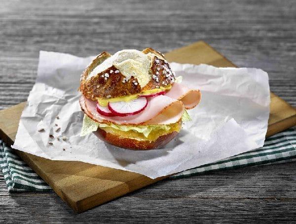 Burger Bayern Laugen Develey