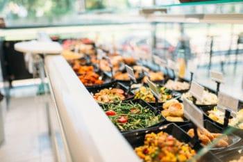 Kantine Buffet gesund Salat bar