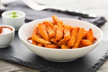 Süßkartoffelpommes Dip Schale Snack