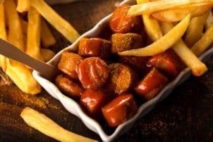 Currywurst Pommes Currypulver Snack Schale