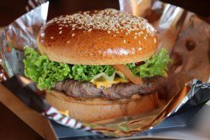 Burger To Go Verpackungen fettdichtes Einschlagpapier