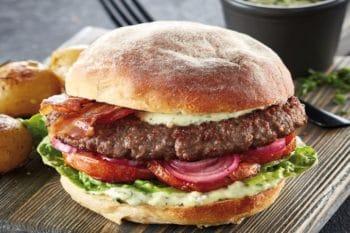 Smoky Burger im Brot