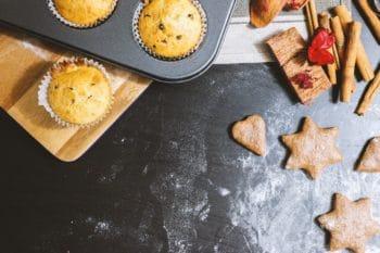 gebackene Plätzchen und Muffins