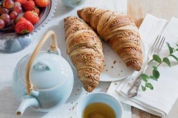 Dinkel Quinoa Croissant Frühstück