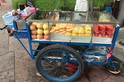 Obstwagen Streetfood Asien