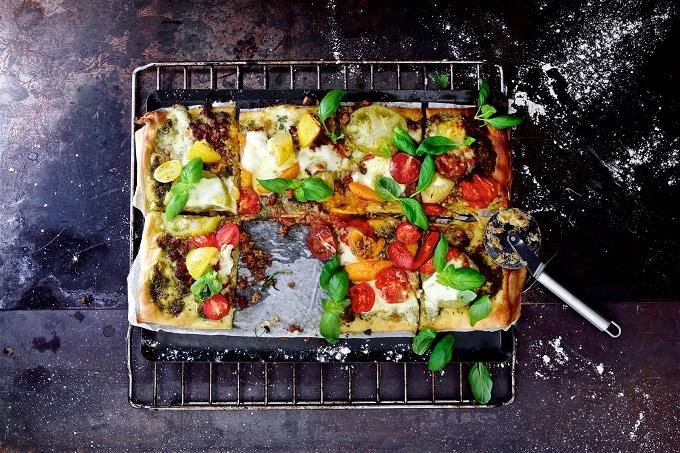 Pizza Mozzarellla Tomate