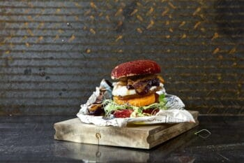 Quorn Burger Triple Cheese
