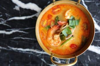 Tom Yam Thailändische Garnelensuppe |snackconnection