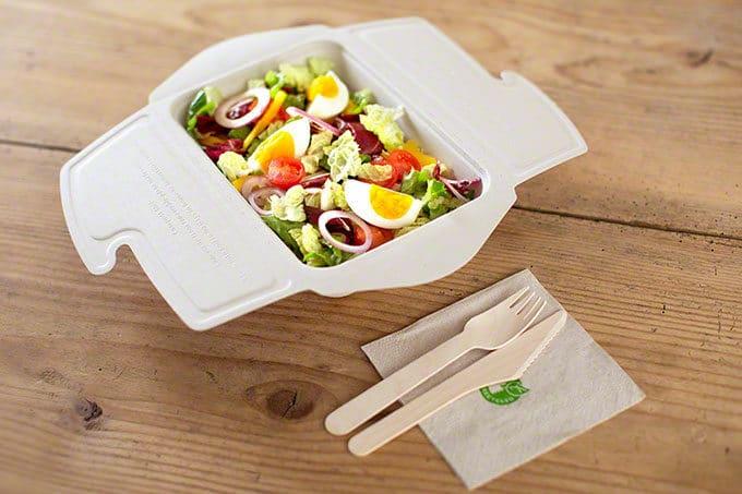Verpackung Salat mit Einwegbesteck nachhaltig