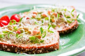 belegtes Brot - sandwich mit Sprossen | snackconnection