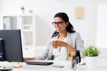 Kaffee To Go Arbeitsplatz Frau