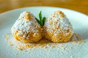 Topfenknödel Dessert