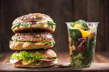 Backwaren Bagel belegtes Brot Salat | snackconnection