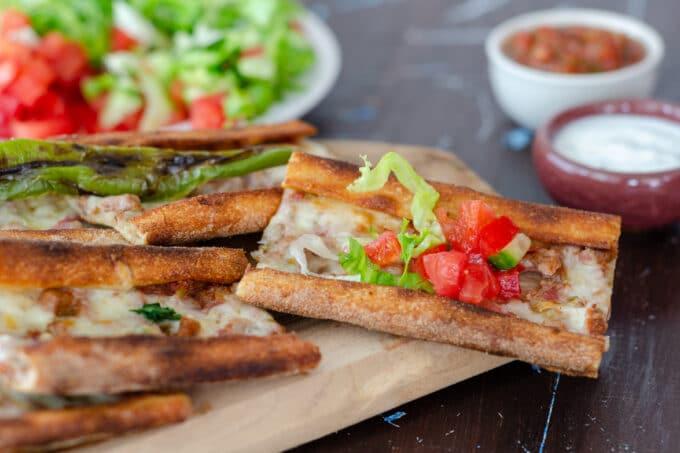 Pide Türkische Pizza   snackconnection