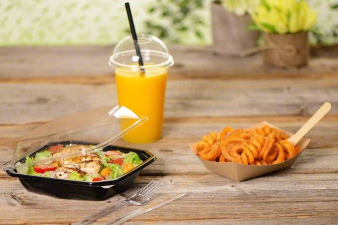 Salatverpackung Getränk und Co.