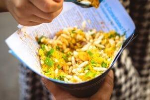 Indischer Reissnack für Zwischendurch