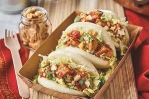 Bao Bun Sandwich mit veganem geschnitzeltes