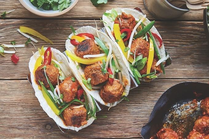 Gefüllte Tacos mit Veganen Bällchen