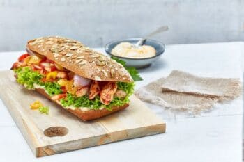 Sandwich mit Hähnchenbruststreifen