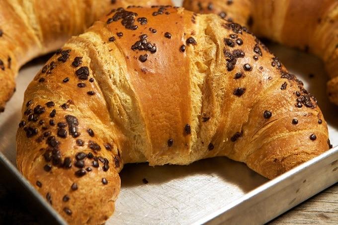 Croissant mit Schokoladenfüllung