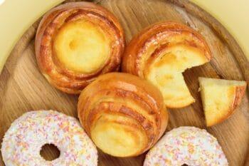 Backwaren_Quarktaschen_Donuts_1200px