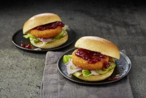 Rezept Brioche-Burger mit Alpenhain Back-Camembert / snackconnection