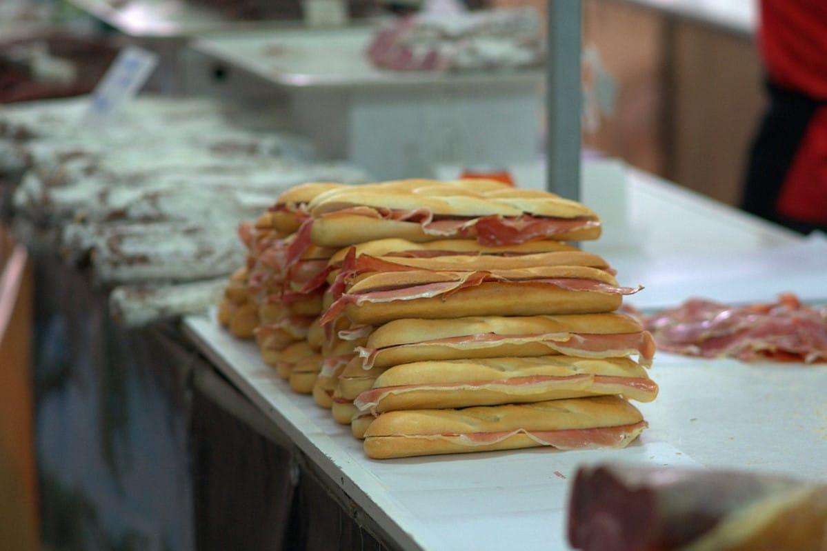 Sandwich mit Schinken spanische Bocadillo / snackconnection