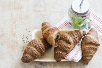 vegane Croissants auf eine Teller von Delifrance / snackconnection