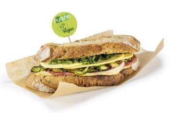Sandwich mit pflanzlicher Käsealternative / snackconnection