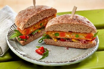 veggie Burgerpatty auf Burger / snackconnection