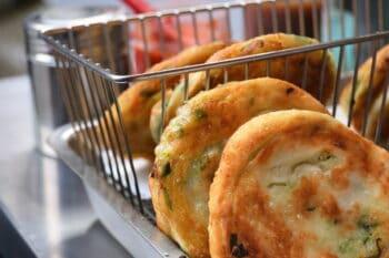 Chinesische Pfannkuchen mit Frühlingszwiebeln / snackconnection