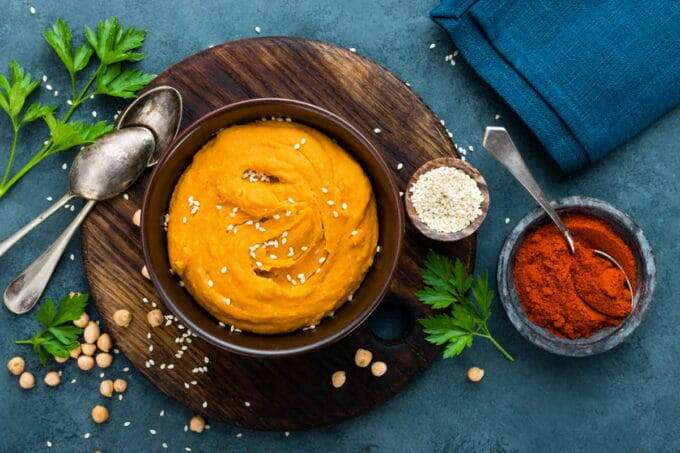 Paprika-Hummus / snackconnection