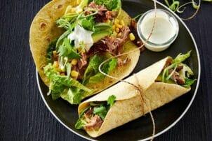 Eisbein Wrap mit Salat / snackconnection